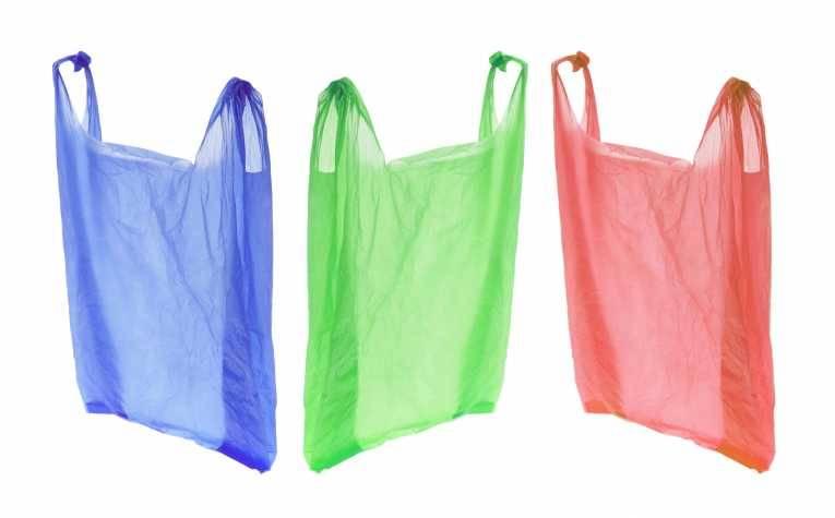 Dall'Ue un nuovo balzello: arriva la tassa sulla plastica
