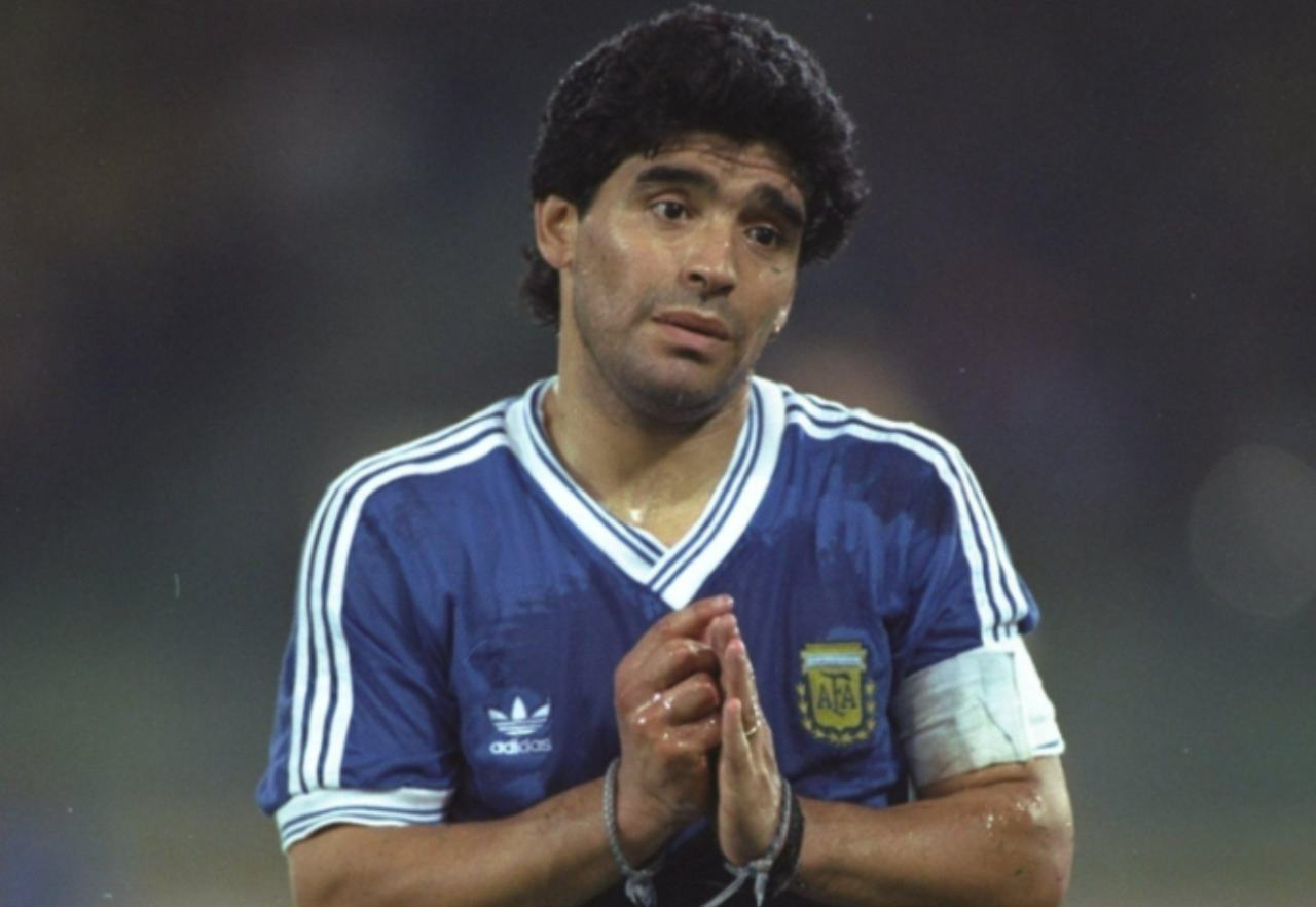 Maradona stipendio