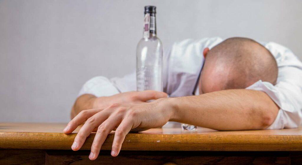 alcolismo covid
