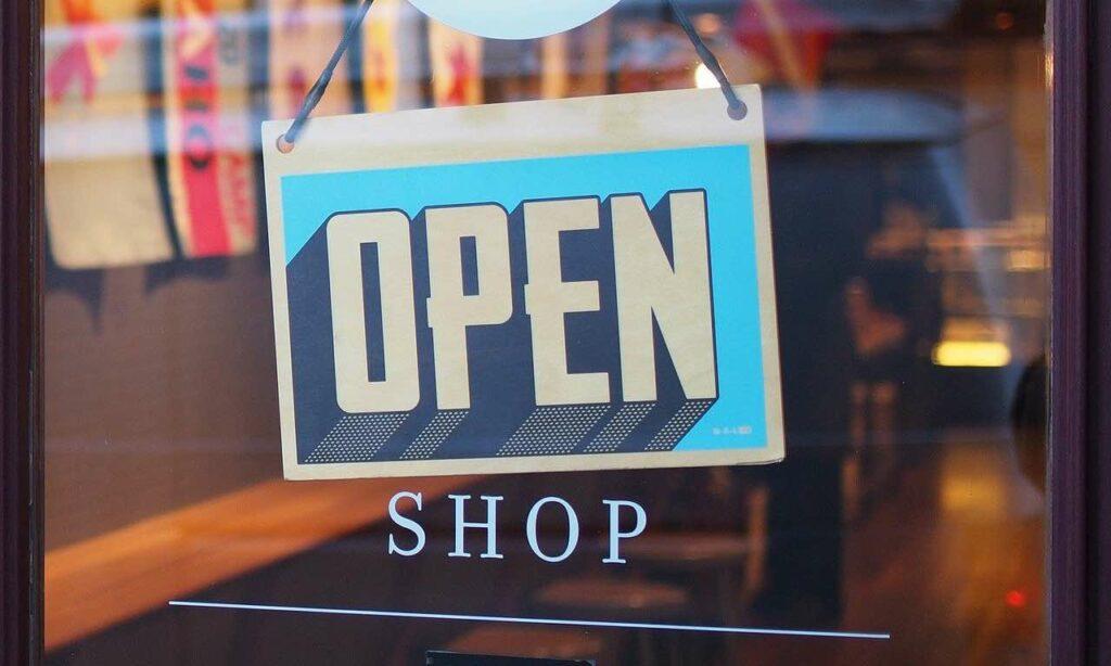 Contributo fondo perduto negozi