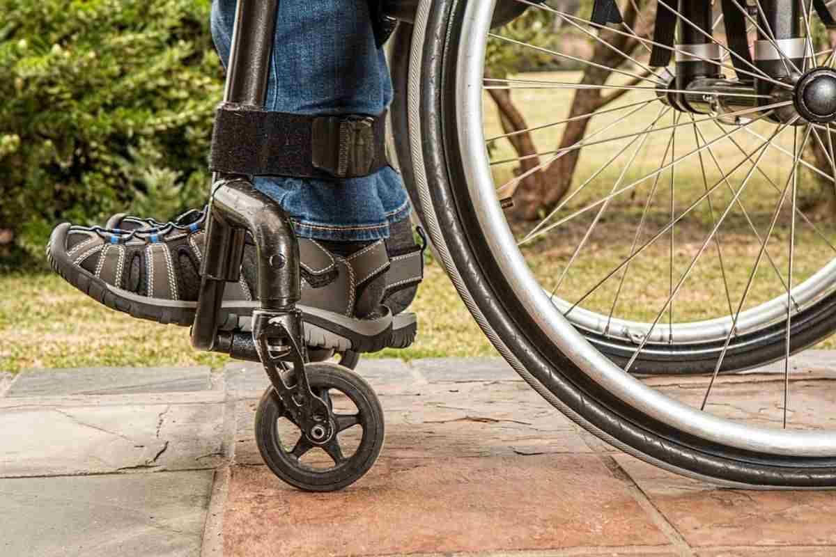 bonus 400 euro Assistenza disabili legge 104 contrassegno