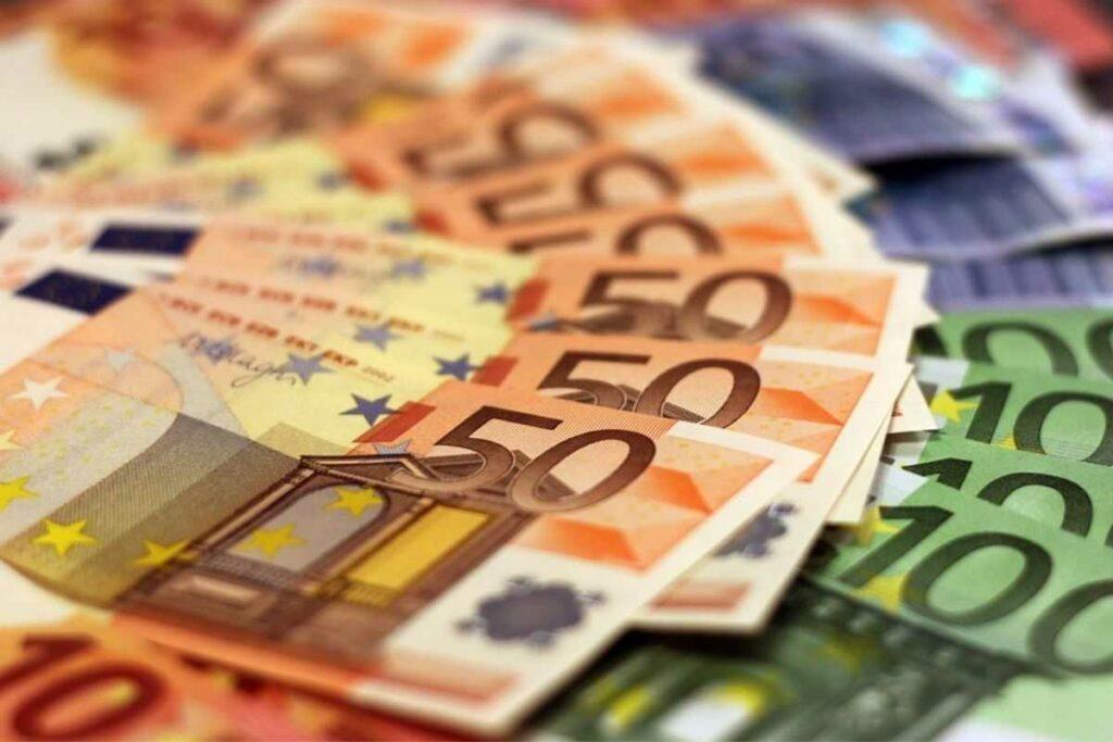 banconota soldi