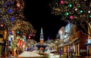 Divieti o cenoni: come i vari Paesi europei attendono il Natale 2020