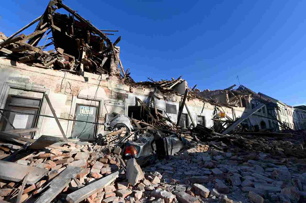 violento terremoto in croazia
