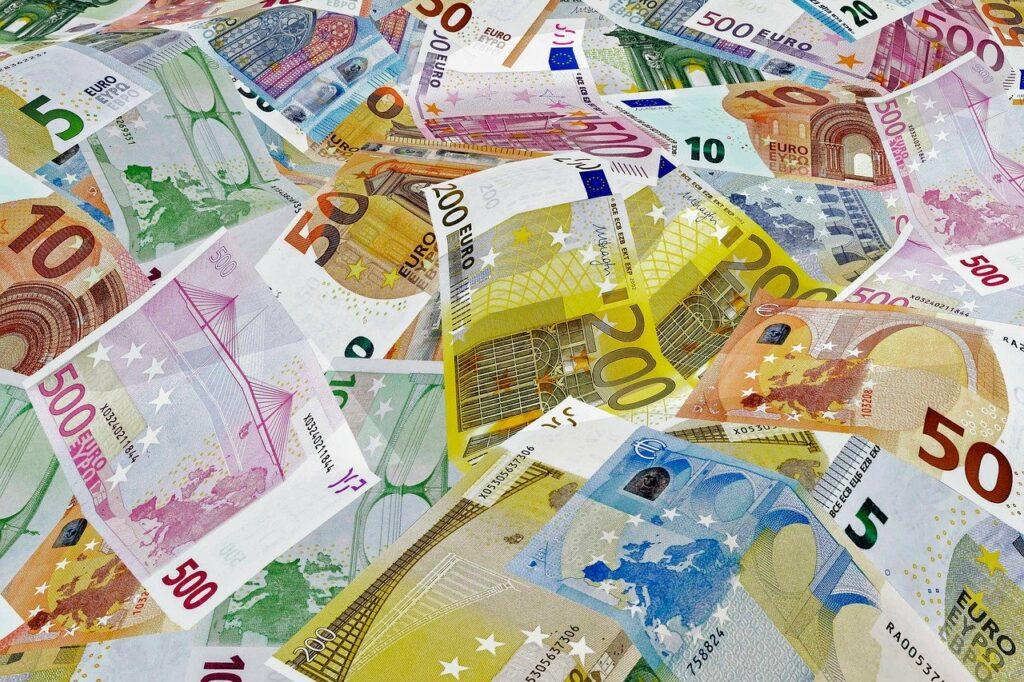 Bonus cashback, ecco come ricevere 1.800 euro subito