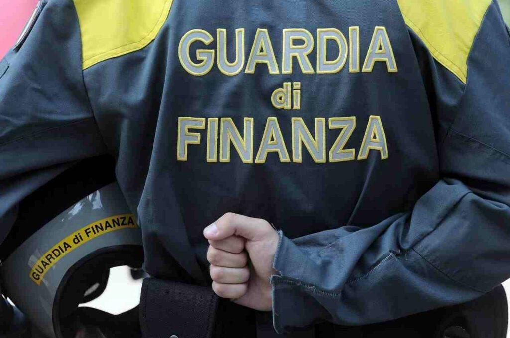 reddito di cittadinanza guardia di finanza