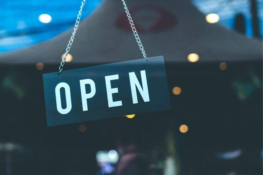 zona rossa negozi aperti