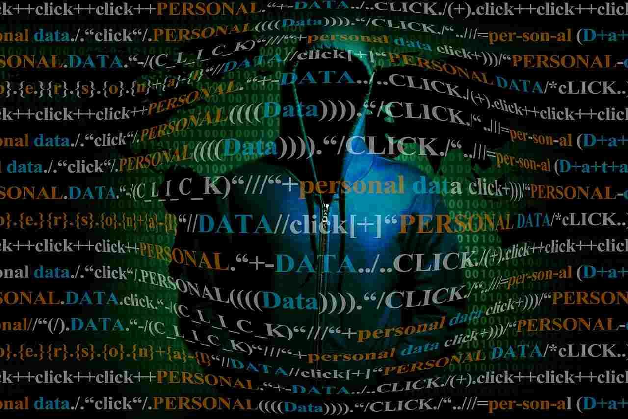 Hacker in azione: milioni di furti di identità per questo social