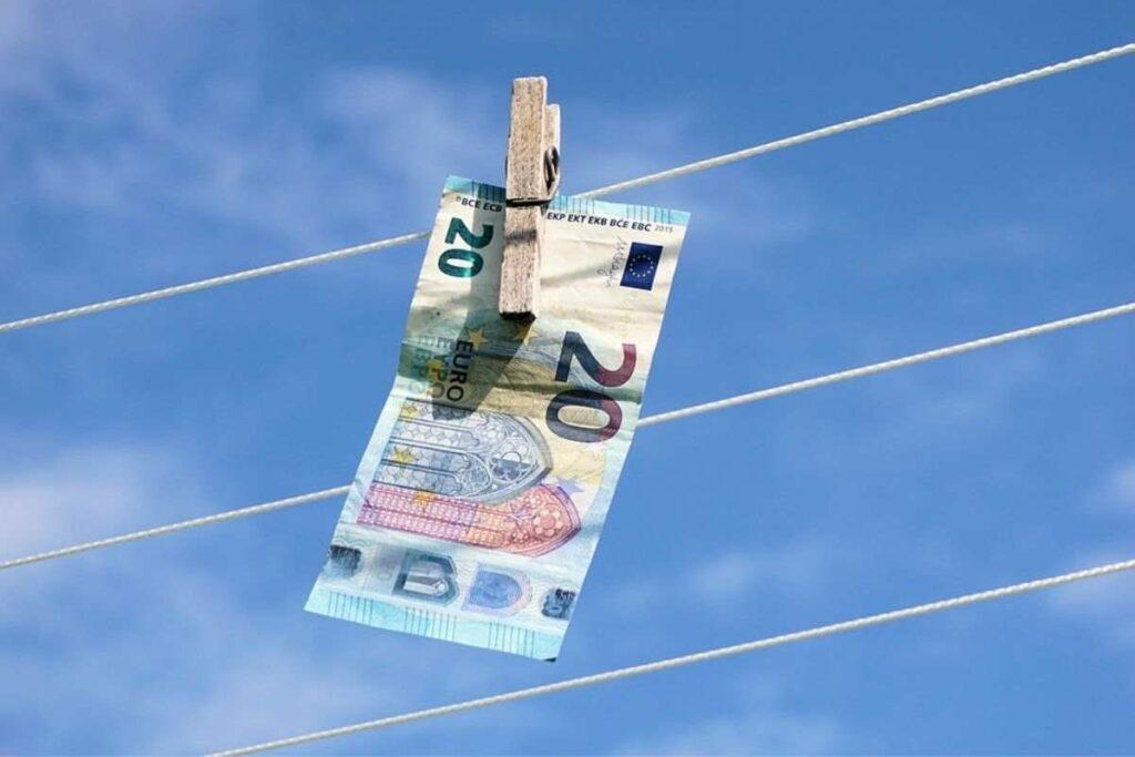 risparmiare soldi lavanderia