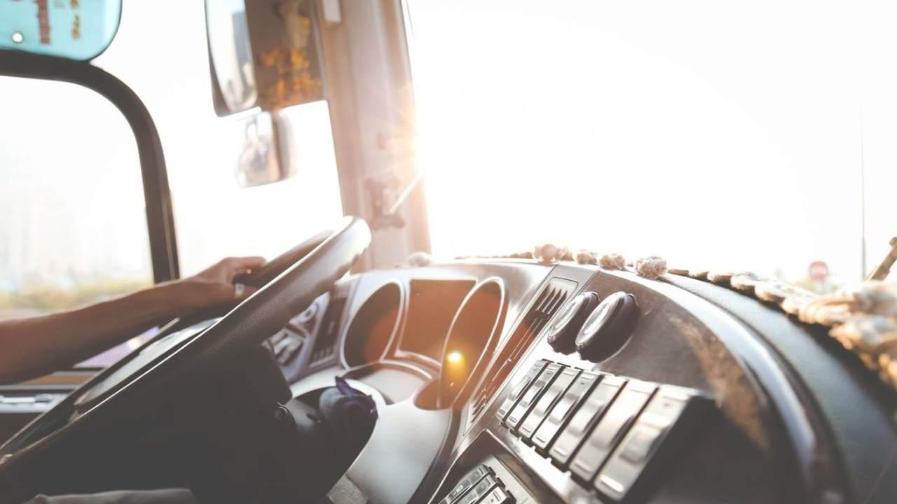 Autista-di-autobus