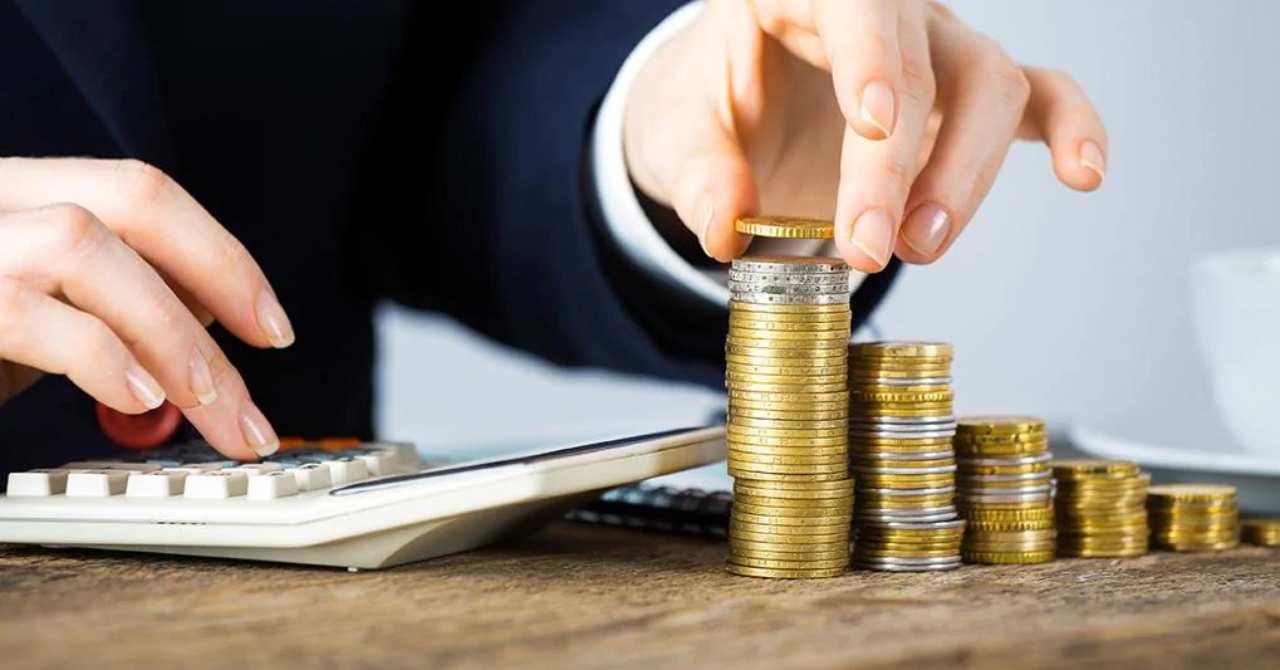 Novità sul fronte partite IVA: spunta una tassa mensile, come mai?