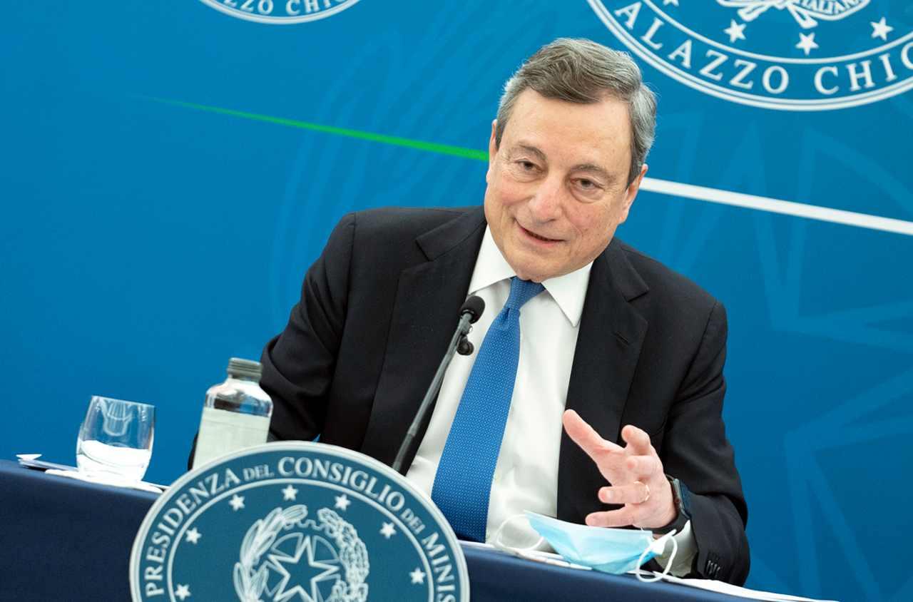 Mario Draghi conferenza zone gialle