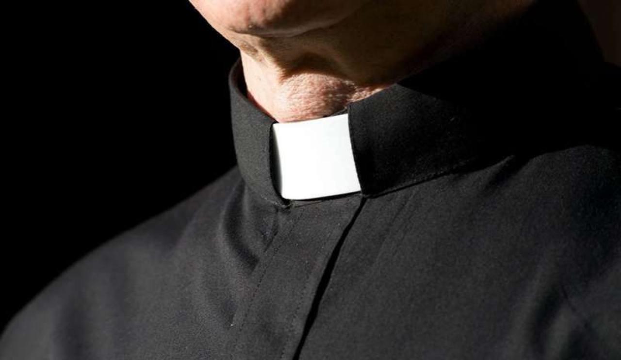 Pordenone: scoperto a rubare in un supermercato, era un prete