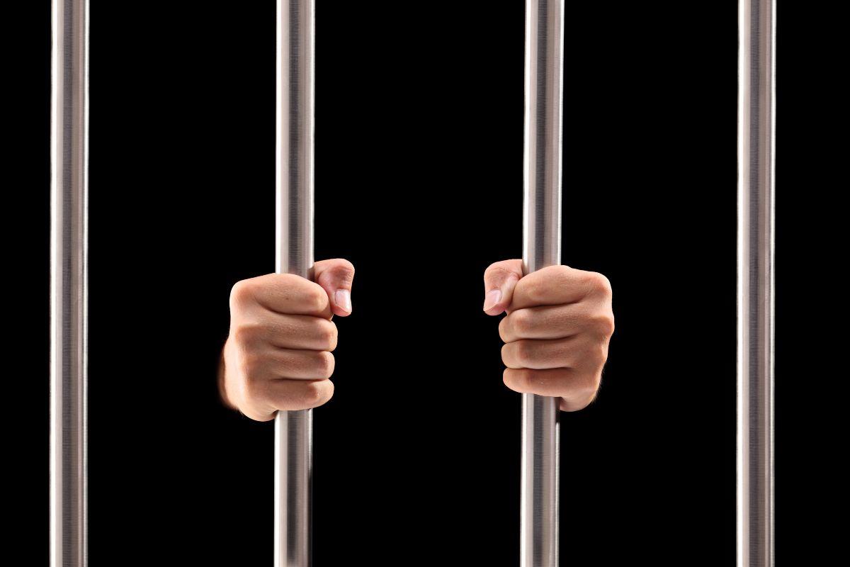 Evasori fiscali arresti