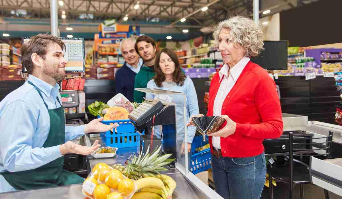 supermercati Carrefour addio casse
