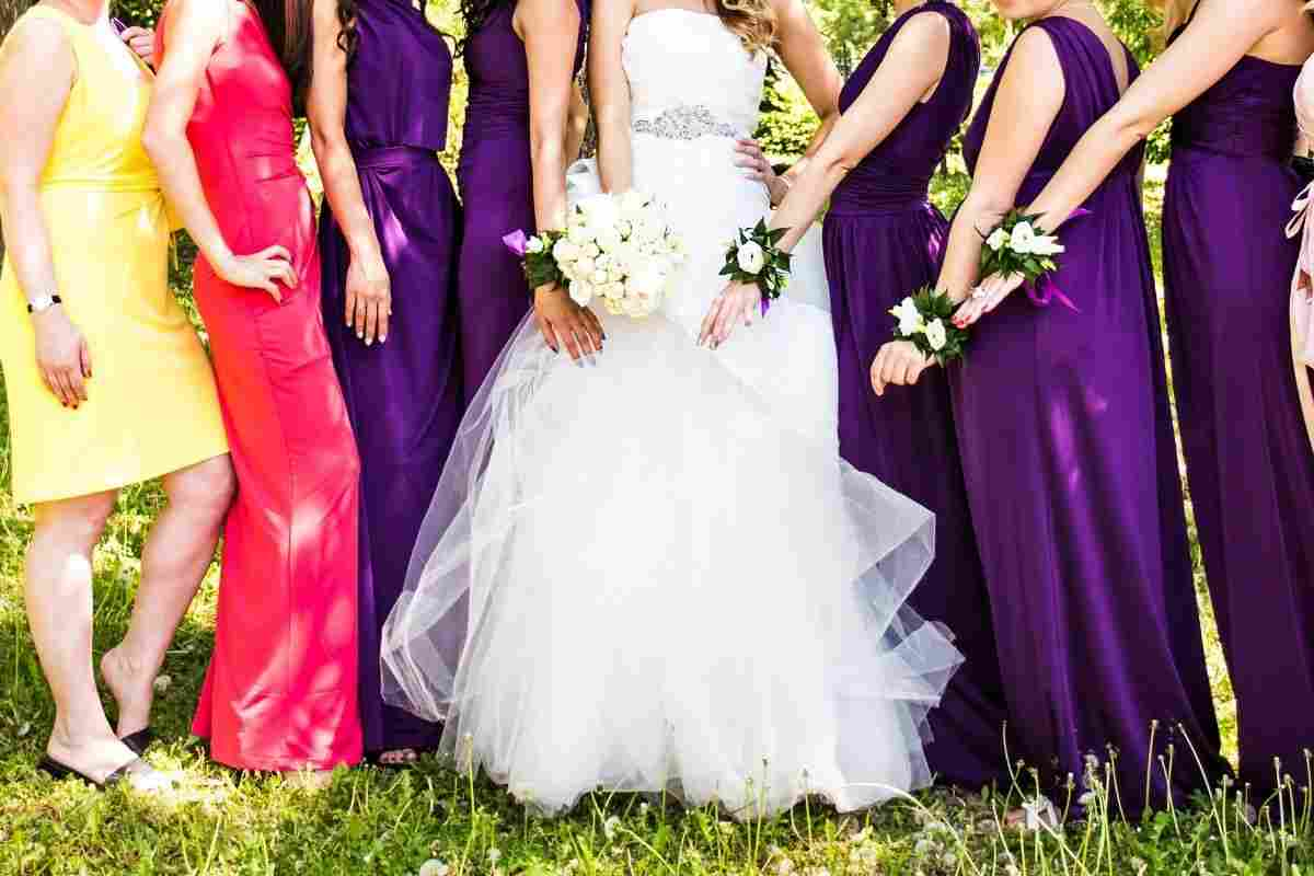 vestito colori galateo
